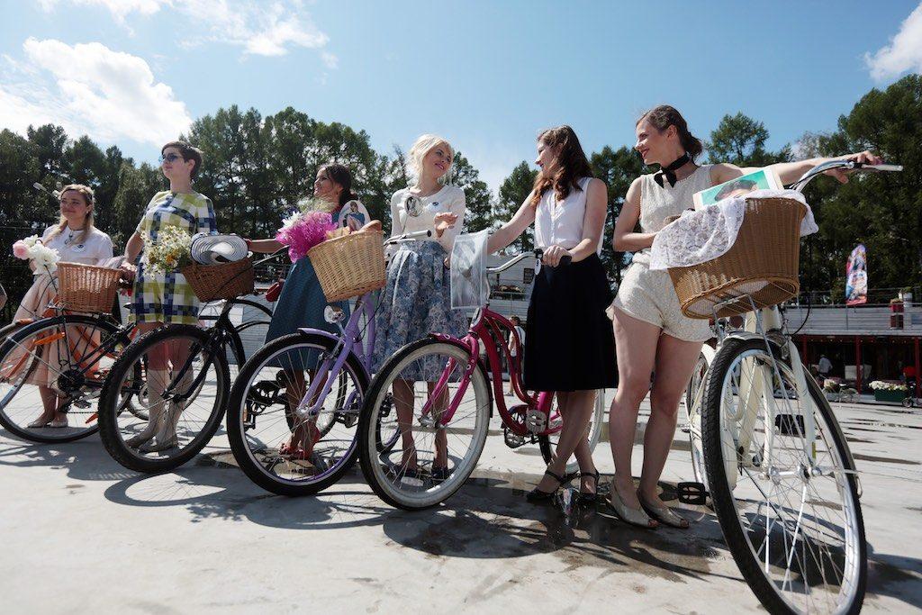 Жители двух поселений приняли участие в велопробеге «Трасса здоровья». Фото:«Вечерняя Москва»
