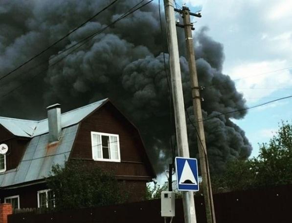 В Шишкином Лесу произошел крупный пожар