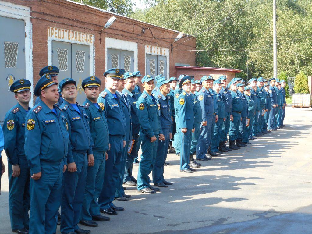 В пожарно-спасательной части Троицка отметили День флага России