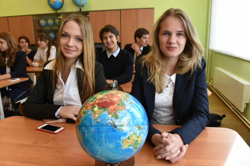 Московские школьники завоевали золотую и серебряную медали на XIII Международной географической олимпиаде в Пекине.