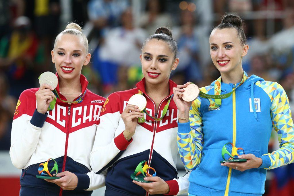 Гимнастка Яна Кудрявцева осталась на лидирующих позициях