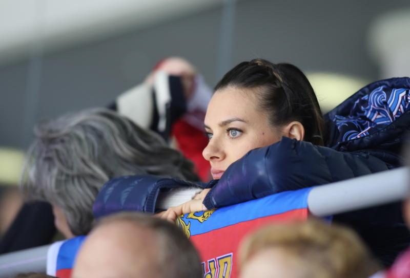 Женская сборная России по спортивной гимнастике выиграла серебро