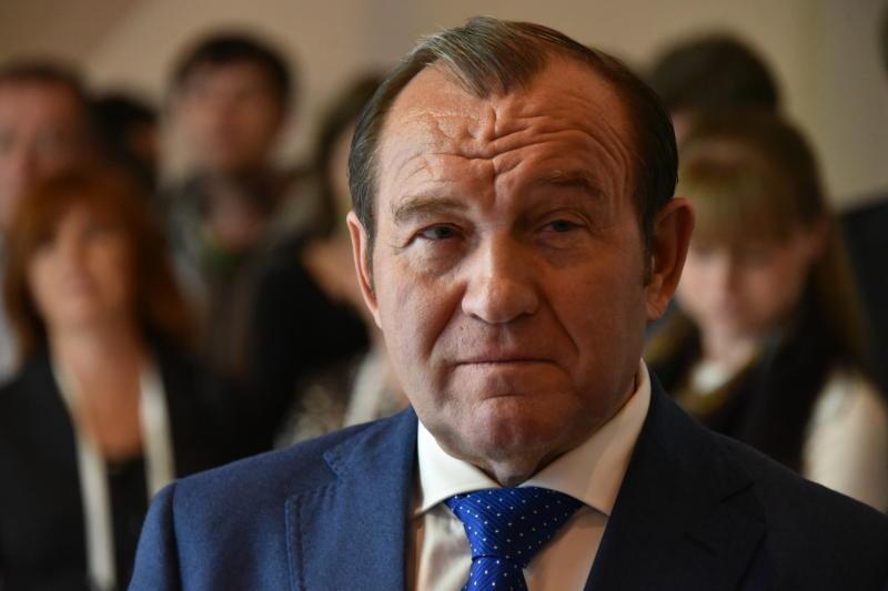 Петр Бирюков приказал подготовиться к осенне-зимнему сезону до конца лета