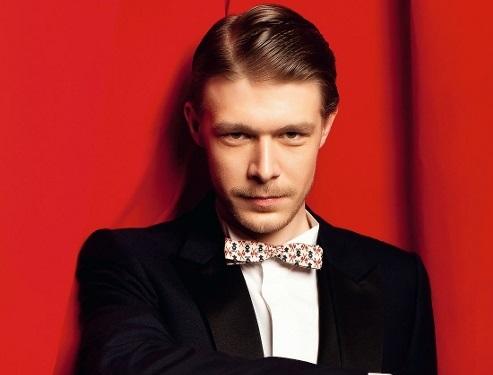 Актер Никита Ефремов: Красная площадь - уникальное европейское строение