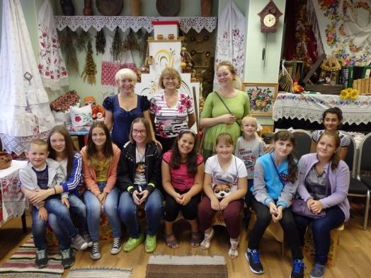 Дети из Московского побывали в музее народной культуры