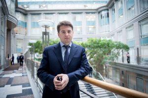 Руководитель Департамента торговли и услуг Москвы Алексей Немерюк (фото сделано 7 апреля 2016 года). Фото: Наталья Феоктисова