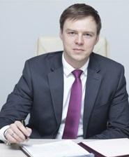 Зампрефекта ТиНАО по строительству Илья Исаев.