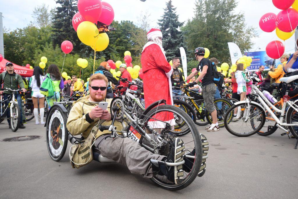 «Окно в город» покажет горожанам осенний велопарад и Московский марафон