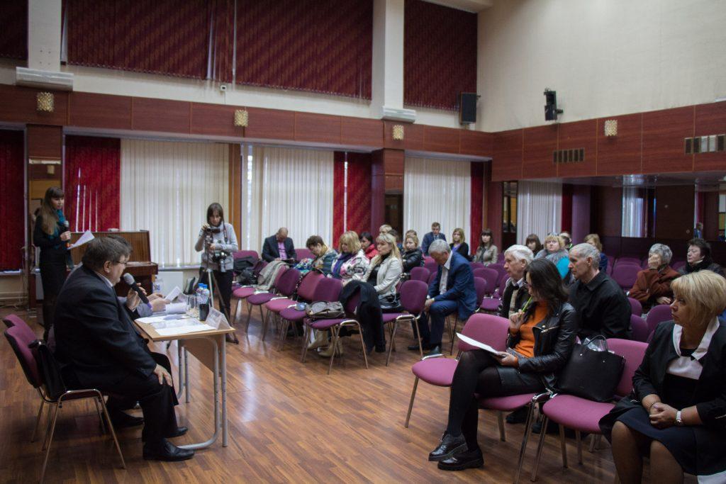 Главы администраций проведут встречи с жителями. Фото: Елена Олесик