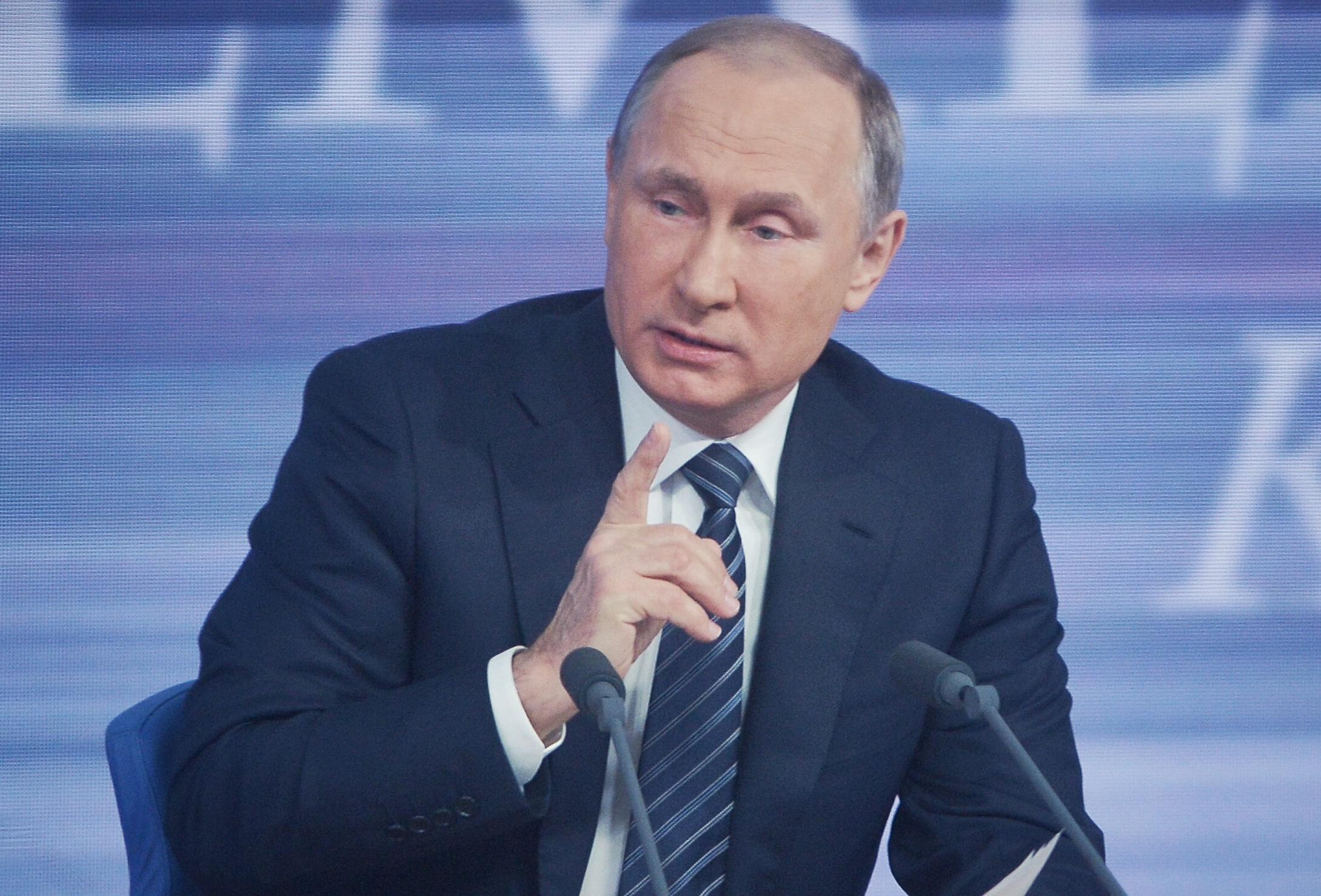 Владимир Путин анонсировал индексацию пенсий в 2017 году