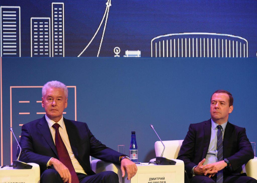 Дмитрий Медведев и Сергей Собянин обсудили городское развитие на форуме ВДНХ