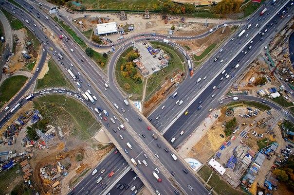 Реконструкция развязки на въезде в Новую Москву завершится в следующем году