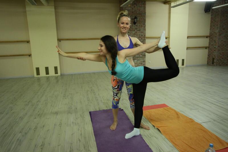 В Центре «МоСТ» проведут открытый урок по йоге. Фото: архив, «Вечерняя Москва»