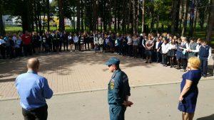 Пожарные и спасатели проводят Дни безопасности в Новой Москве. Фото: пресс-служба Управления МЧС по ТиНАО