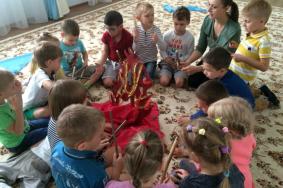 В Сосенском дошкольникам рассказали о музыке первобытного мира. Фото: сайт школы № 2070