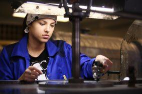Колледж предпринимательства №11. Подготовка ювелиров-огранщиков алмазов в бриллианты.