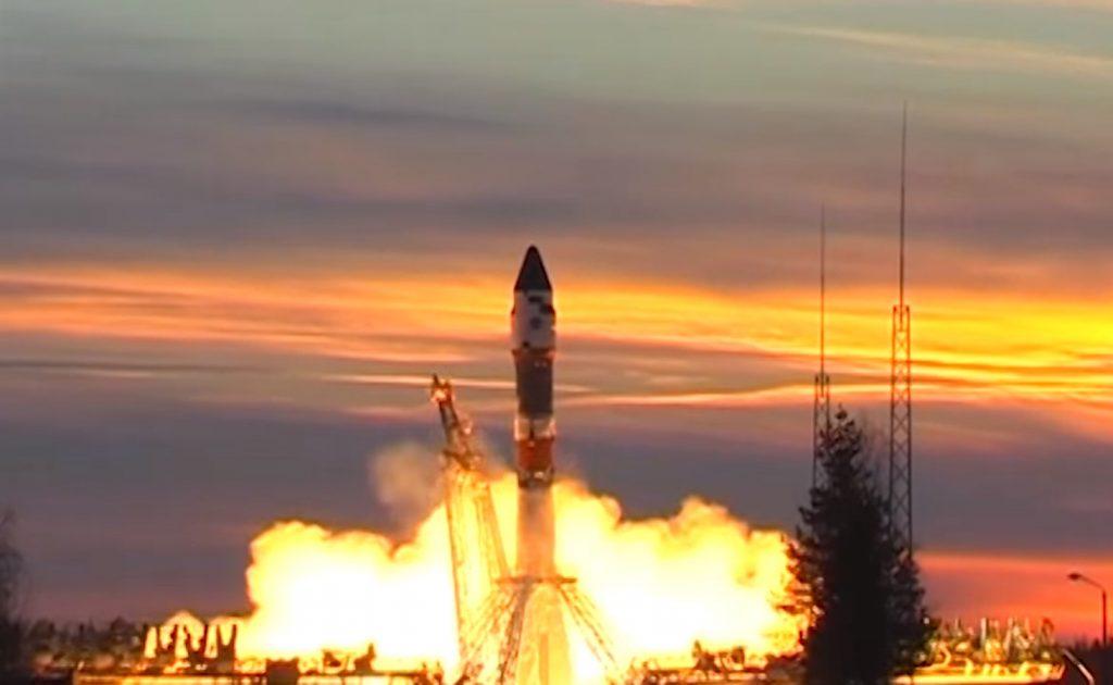 День Космических Войск: видео самых зрелищных пусков от Минобороны