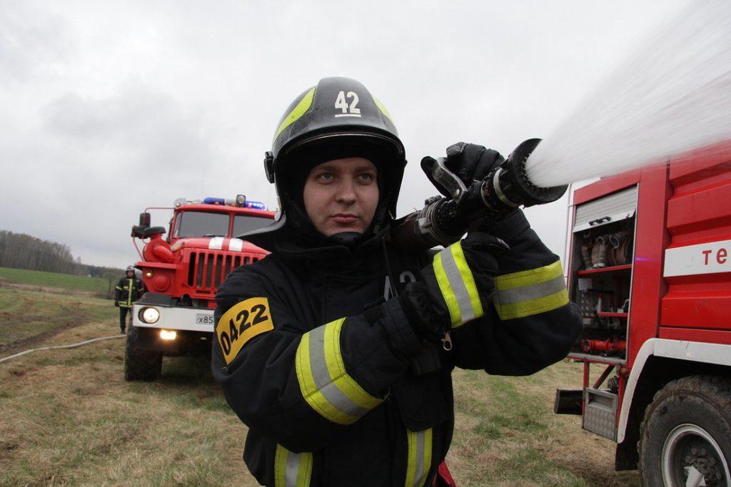 В поселении Рязановское потушили пожар