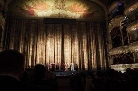 """Опера итальянского театра Ла Скала """"Симон Боканегра"""" в Большом театре России."""