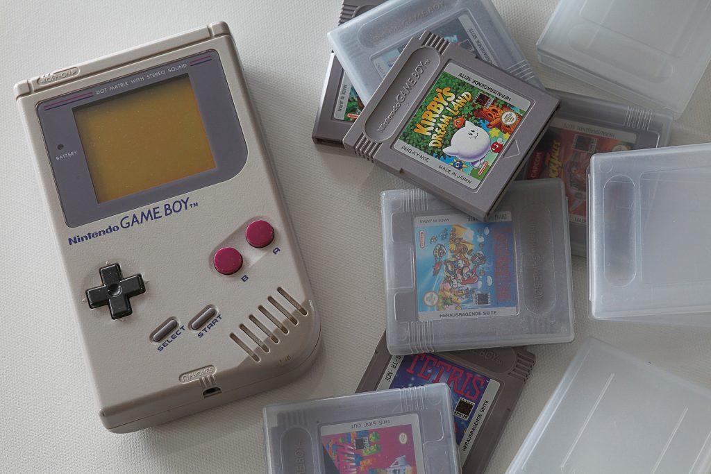 Электронные игрушки нашего детства