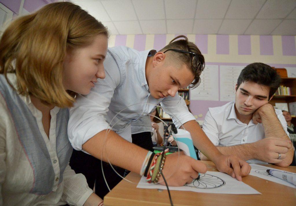 Школа поселения Внуковское запустит преподавание на иностранном языке