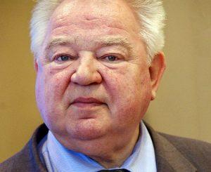 Космонавт Георгий Гречко попал в больницу, состояние пациента стабильно. Фото: Википедия