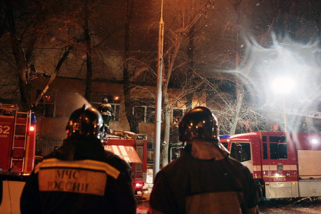 В Новой Москве потушили 450-метровый пожар на складе
