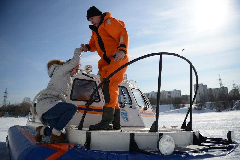 «Снегоболотоход» поможет МЧС Москвы спасать рыбаков зимой