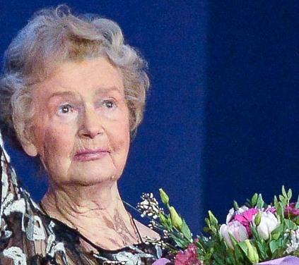 Актриса театра Вахтангова Юлия Борисова находится в больнице