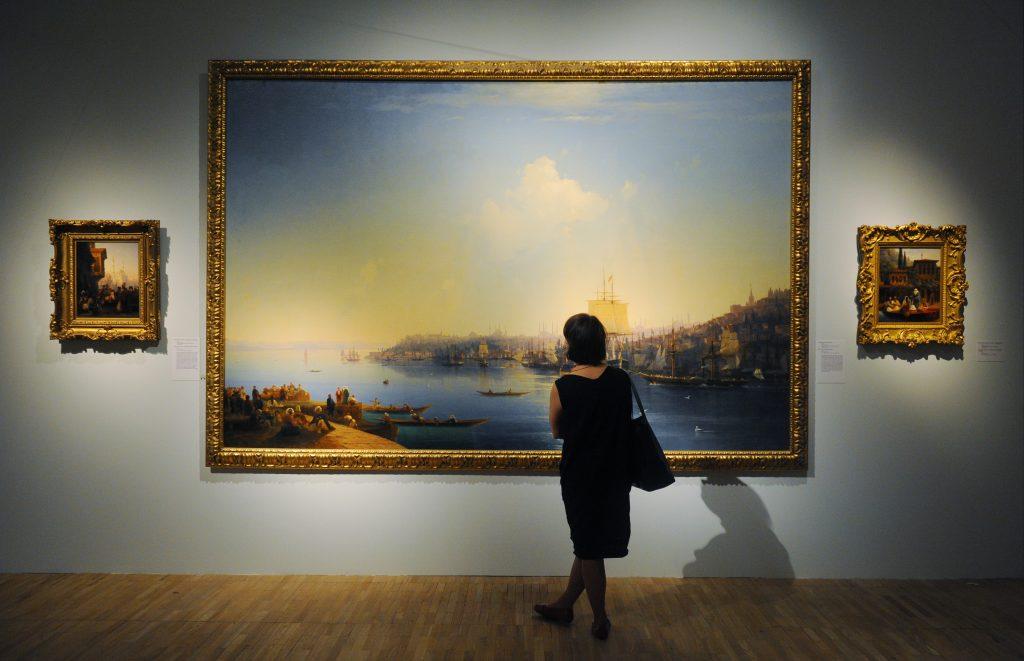 Третьяковка запустит «ночные посещения» выставки Айвазовского