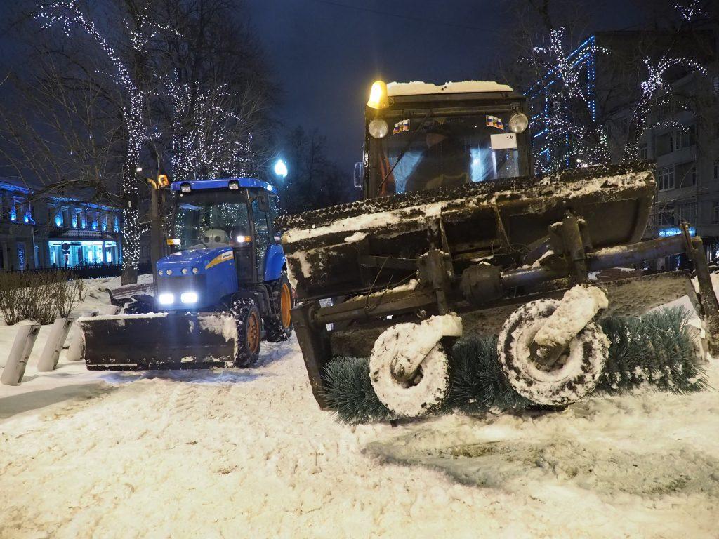 К уборке снега в Кокошкино подключили дополнительную технику