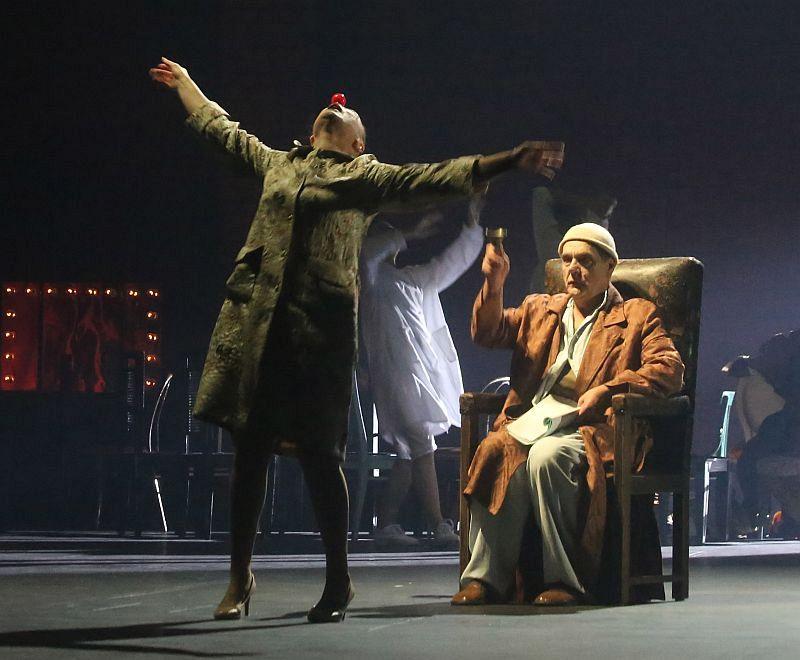 Жителей Новой Москвы приглашают на спектакль «Дни Турбиных»
