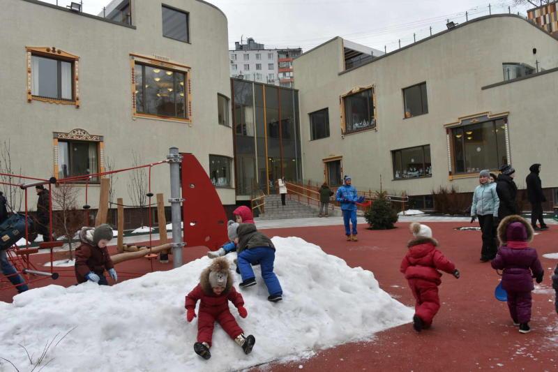 За счет внебюджетных средств в Новой Москве построили 24 детских сада