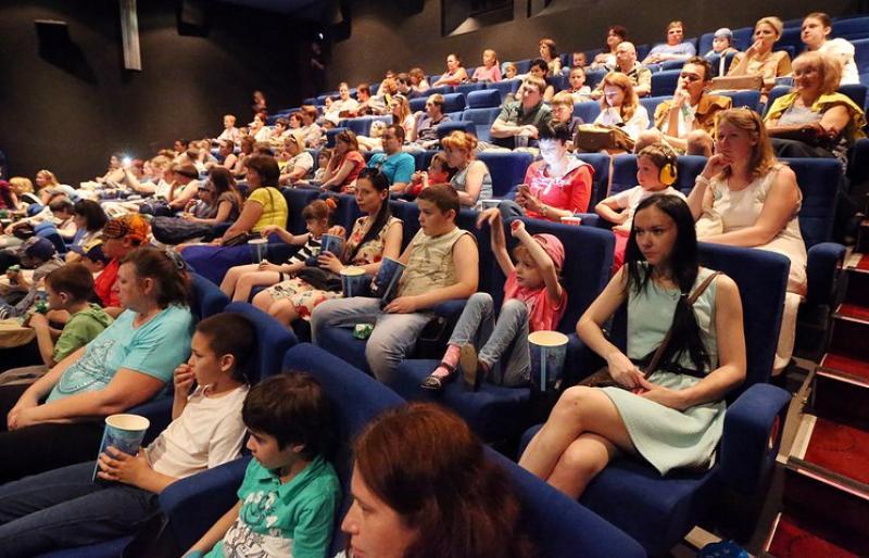 Молодежная палата Московского провела акцию «Ночь кино»