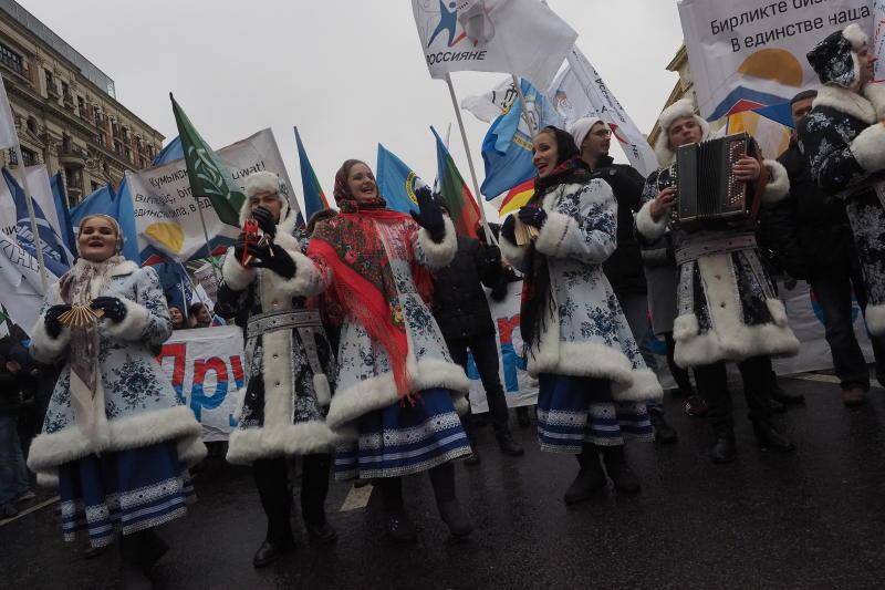 Более 80 тысяч человек вышли на шествие «Мы едины!» в Москве