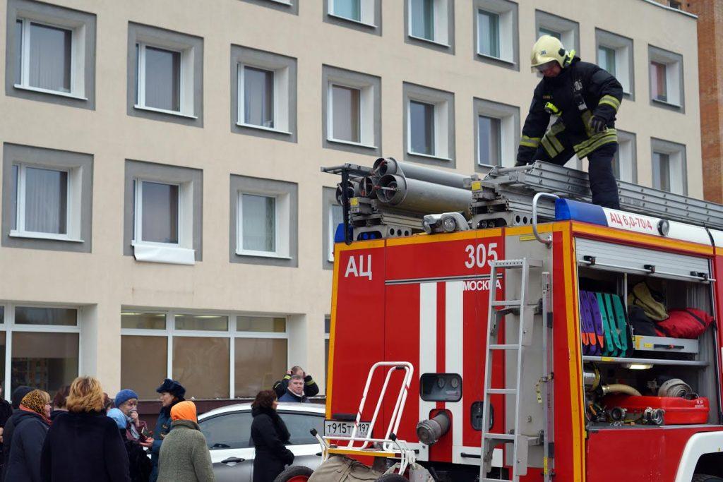 Пожилым жителям Новофедоровского напомнили о правилах пожарной безопасности