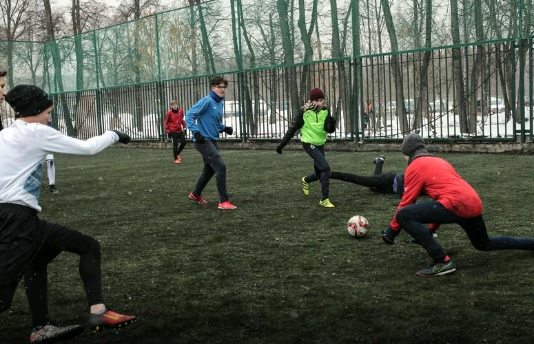 В «Лужниках» прошел турнир по футболу