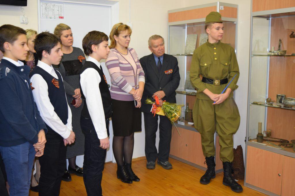 Музей боевой славы открылся в школе Московского