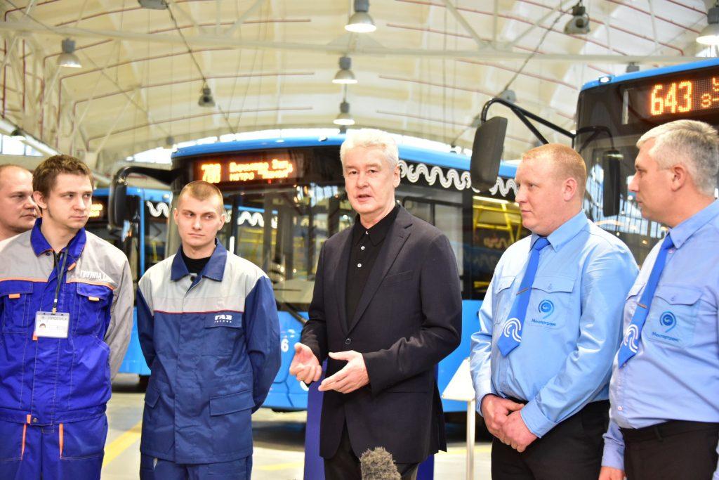 Собянин: Автобусный парк Москвы обновлен на 95%