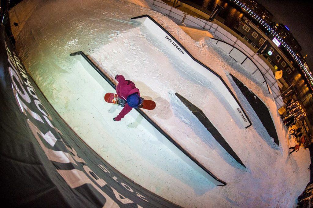 Первый сноуборд-парк открывается в центре Москвы