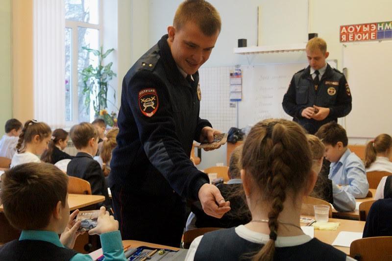 Акцию «Неделя безопасности» проведут в школах Новой Москвы. Фото: пресс-служба УВД по ТиНАО