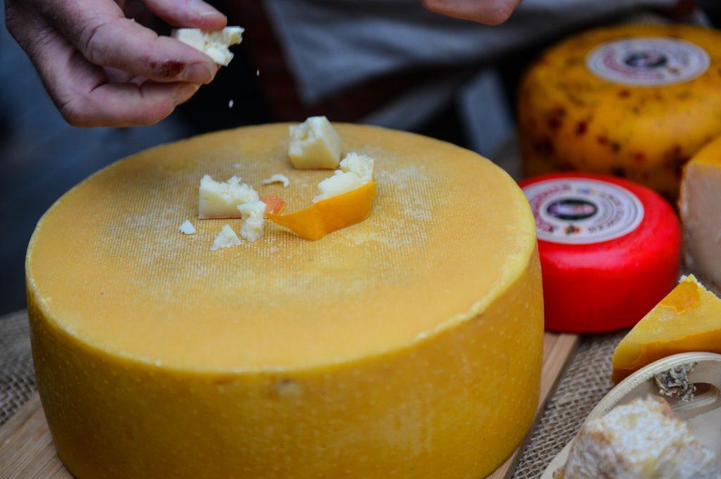 В Москве задержали «мадам Рокфор», похитившую почти 50 кило сыра