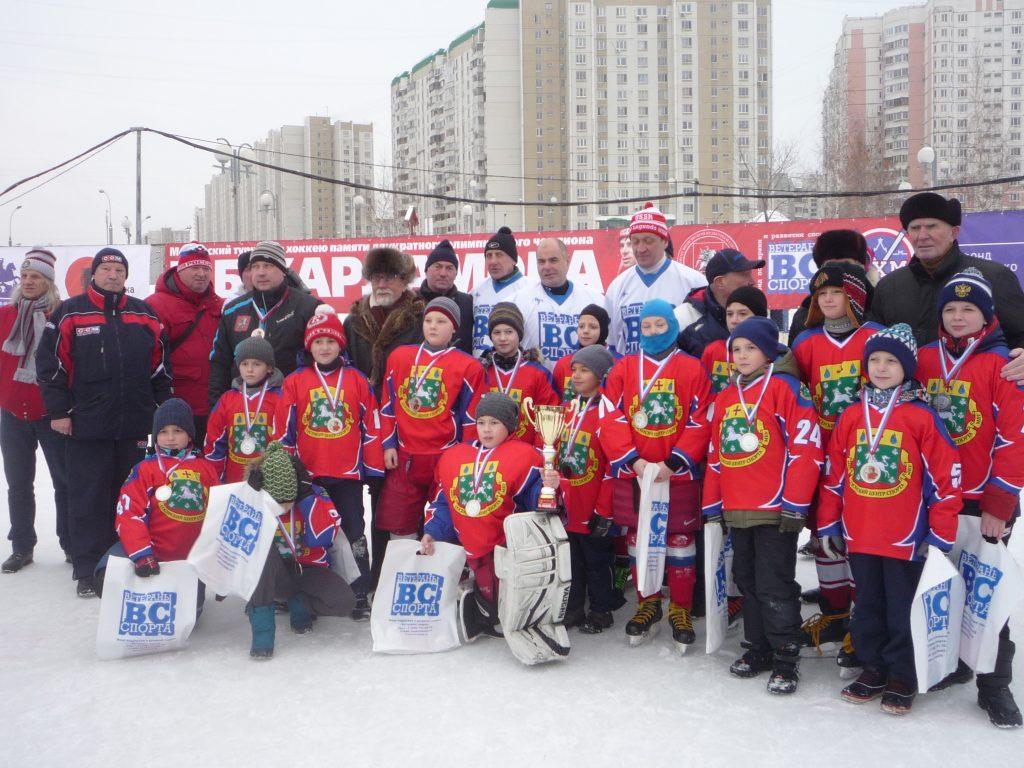Сборная по хоккею завоевала серебро в турнире памяти Харламова