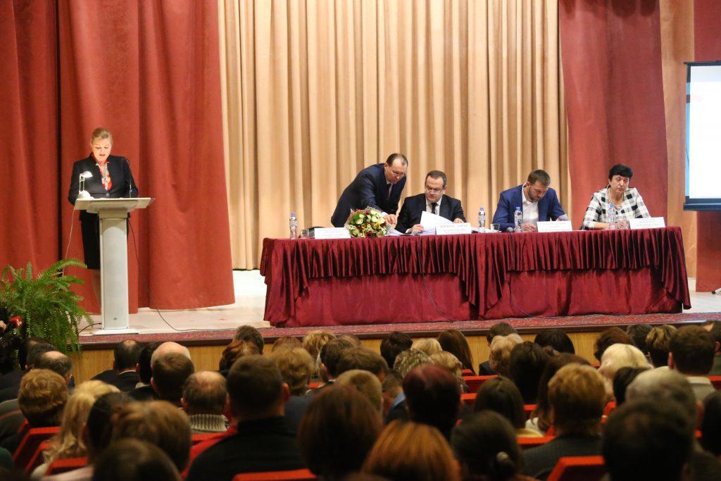 Префект Дмитрий Набокин встретился с жителями новых округов в Филимонковском