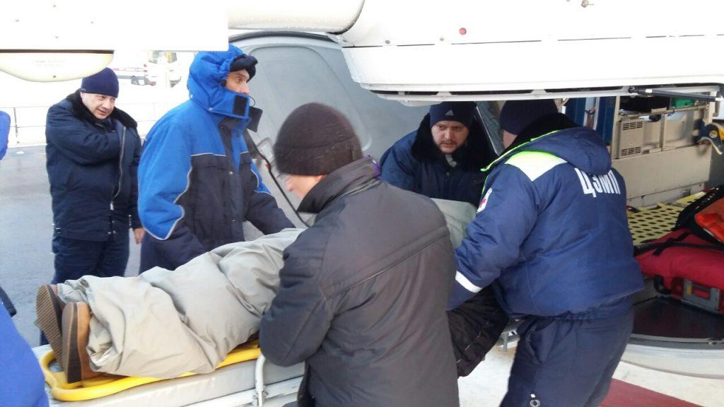 Спасатели оказали помощь девочке из Сосенского. Фото: пресс-служба Управления по ТиНАО Департамента ГОЧСиПБ