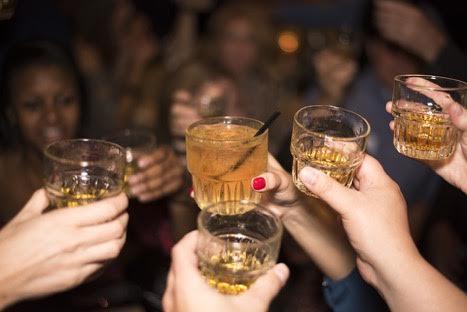 Как весело встретить Новый год и остаться целым