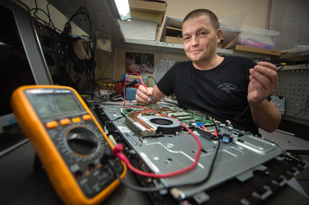 В Москве появился единый онлайн-агрегатор по ремонту цифровой техники