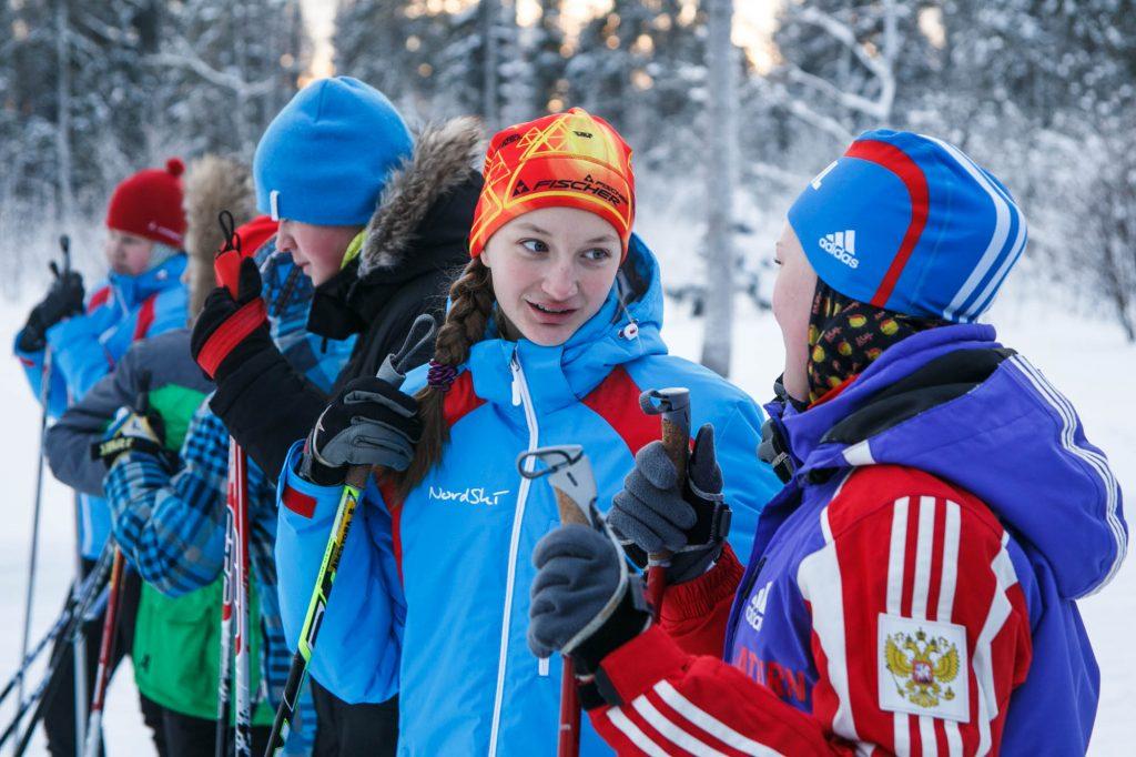 Готовим лыжи: эстафету зимних состязаний передали Новофедоровскому