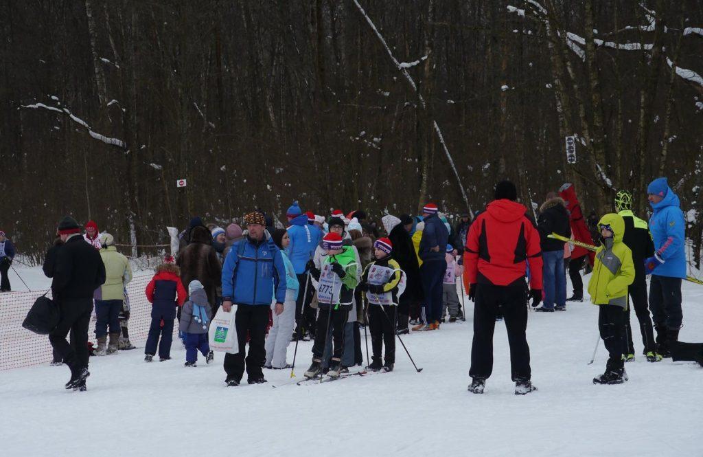 Гонка на лыжах: спасатели и пожарные стали участниками