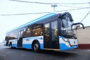 показывают новый электробус ЛИАЗ